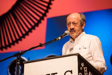 """Billy Collins discusses """"Visible Games: Poetry in the Aftermath of Rhyme and Meter."""" Photo by Nick Doll."""